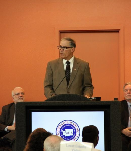 Gov. Jay Inslee presents keynote at 2016 ceremony